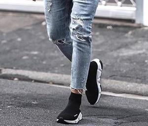 Mens Loch Burrs Bleistift-Hosen Fashion Zipper dünne gewaschene Sommer-beiläufige mittlere Taillen-Jeans Herren Kleidung