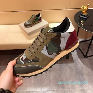 Hot Leather Suede Stud rockrunner camouflage Sneakers Dress Shoes For Men Women Flats Luxury Designer Rivet Rockrunner Trainers Casual Shoes