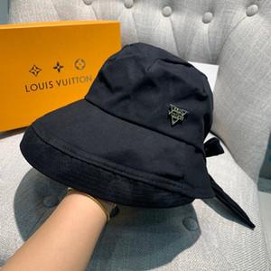 Moda para mujer para hombre Gorras de diseño de lujo Stingy Brim Hat Little Bees Gorra de béisbol Marca Sombreros Opcional Alta calidad con caja