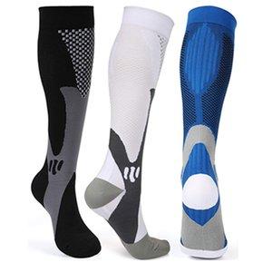 Erkek Tasarımcı Sıkıştırma Çorap Naylon Hastalıkları Hemşireliği Çoraplar Nefes Yetişkin Spor Çorap Hızlı kuruyan Açık Bisiklet Uzmanlık