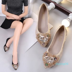 Women Flats Boat Shoes Soft Dancing Shoes Plus Size Crystal Bling Flats Slip On Pointed Toe Casaul Loafers z06