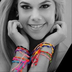 الألوان 12PCS / LOT قوس قزح الأساور المصنوعة يدويا الصليب الوردية للنساء الرجال مزين سلاسل حبل سلسلة الإسورة بسيطة مجوهرات DIY