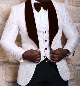 Jacquard Novio Esmoquin Blanco / Rojo / Negro Hombre Boda Esmoquin Velvet Lapel Side Vent Man Chaqueta Blazer Traje de 3 piezas (Chaqueta + Pantalones + Chaleco + Corbata) 02