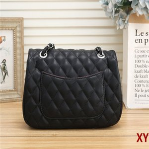 Free delivery 2020 favorite luxury handbag fashion crossbody women bag favorite design chain clutch leather strap