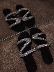 Femmes d'été plat bling Chaussons transparent souple Jelly Chaussures Femme Tongs Sandales d'extérieur plage dames Diapositives Taille Plus brillant diamant