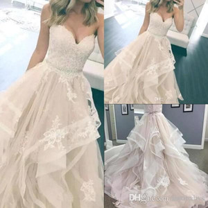 Elegant Sweetheart A Line Beach Wedding Dresses 2018 Lace Appliqued Tulle Tiered Skirts Bridal Gowns With Crystal Sash Vintage Gowns