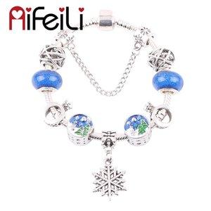Exquisite Christmas Tree Beads Snowflake Pendant Series DIY Suitable for Women Bracelet Jewelry Glamour European Trend Fashion