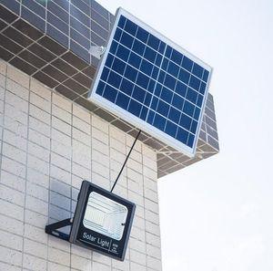 Solar IP67 Flutlicht 120W 100W 50W 30W 20W 10W 80-90LM / W Power Cell Panel Batterie Im Freien Wasserdichte Industrielampen Lichter Fernbedienung