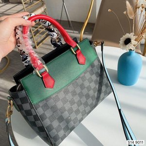 New Designer Luxury Women Handbags Famous Gold Chain Shoulder Bags Crossbody Soho Bag Disco Shoulder Bag Purse Wallet