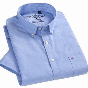 Yaz 2019 Kısa Kollu Düğme Yaka Oxford Kumaş Slim Fit Nefes Comfrotable Kalite Moda İş Erkek Casual Gömlek MX190719