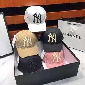 Top vente luxe laine hommes chapeau papa et casquette de baseball New York célèbre sport crâne réglable en coton à carreaux golf féminin incurvés de haute qualité