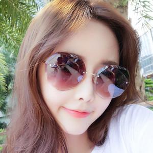 Freie Verschiffen Sonnenbrille 2019 neue Art und Weise, die Damemetallsonnenbrille kundenspezifische UVfrauen 9901 Suneyewear trimmt