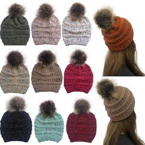 Unisex Color Block Knit Wool Beanie Уютная зима теплая Bobble Ski Pom Pom Hat Cap Вязание Шерсть Skullies Caps Женский Шапочки