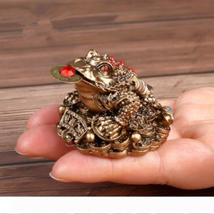 B Feng Shui Toad Money LUCKY Fortune Wealth Chinese Golden Frog Toad Coin Home Office Decoration Tabletop Ornaments Lucky YLM9769