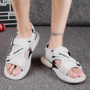 2019 verano nuevos hombres de sandalias antideslizantes Corea del estilo de los hombres ocasionales de los deportes sandalias de moda del INS Grandes Hombres Sandalias