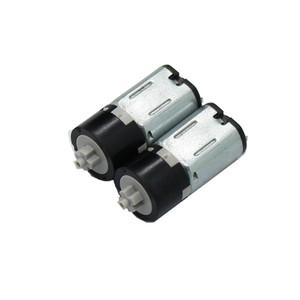 10pcs Mm de Diâmetro DC 3 10 v 60 rpm Engrenagem Do Eixo Transversal Menor Micro Motor Da Engrenagem planetária de Plástico