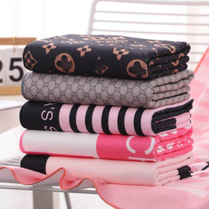Sommer Quick Dry Frauen Badetuch Mode Brief gedruckte Frauen Startseite Badetuch Großhandel Mikrofaser Mädchen Lange Handtuch Geschenke-Sets
