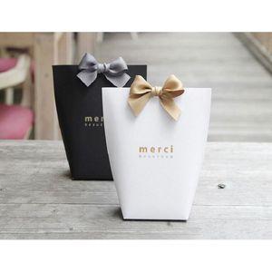 Nueva Merci Gracias regalo cartón Hornear de cartón de la bolsa de papel con arco Compras regalo del partido del festival bolsa de papel de regalo Suministros 13.5X16.5cm