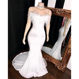 Branco sem alças de penas Sereia Prom Dresses 2020 Satin Ruched Sem Costas Longo Formal Prom Party vestidos de noite da celebridade Vestidos