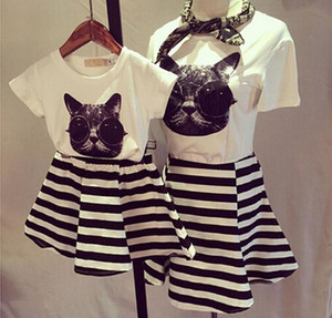 2018 Summer Monther And Daughter Clothes Set Korean Cat Pattern T Shirt+Striped Skirt Girl 2PCS Set Monther And Daughter Clothing Set T659