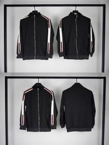 Escudo del diseñador del Mens chaquetas otoño invierno Impresión de cartas de color Negro de la chaqueta de lujo para hombres y mujeres tamaño asiático M-2XL