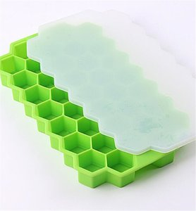 Hot Bar Dining BPA Honeycomb Ice Cube Tray 37 cubes en silicone Ice Cube Mould Maker Avec Couvercles Pour Ice Cream Whisky Cocktail Boisson rafraîchissante