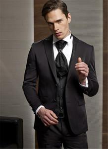 Ternos Custom Made Groom Tuxedo escuro Groomsmen Brown WeddingDinnerEvening melhor homem Noivo (jaqueta + calça + gravata + Vest)