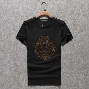 Los nuevos Mens del verano 2020 de lujo de la T Shirts Hombres Tops camiseta del hombre camisetas de manga corta de algodón Camisas de te homme camisa de marca