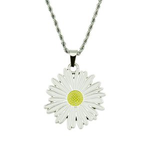 Trendy Daisy Flower Necklaces Pendants For Women Stainless Steel Chain Necklace Daisy Necklace Jewelry Collar Colar De Plata
