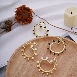 2020 Black White Enamel Spiral Geometric Shaped Gold Stud Earrings Women's Street Style Hollow Gold Statement Earring