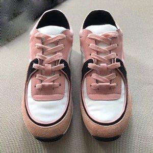2019 scarpe di cuoio popolari del progettista degli uomini delle scarpe degli uomini delle scarpe casuali di lusso calde popolari di modo Colore misto di trasporto libero del pattino di cuoio