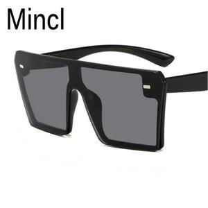 MINCL / 2019 gafas de sol negras de gran tamaño mujeres diseñador personalidad siamés retro hombres gafas de sol cuadradas UV400 con caja NX