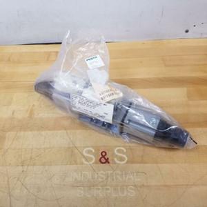 Festo LR-ZP-A / B-D-3 Zwischendruckreglerplatte, 35429 - NEW