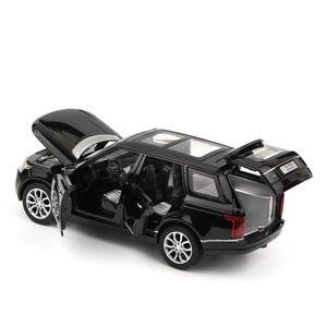 01:32 Range Rover SUV Simulação Toy modelo de carro Alloy Pull Back Brinquedos Gift Collection Off-Road Vehicle Crianças 6 Y200318 porta aberta