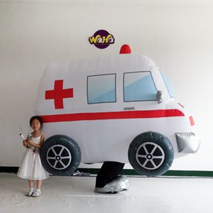 Hemşire dday celerabting şişme performans ambulans kostüm otomobil programı ekran şişme hareketli ambulans polis arabası kostüm