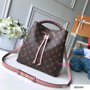 2020 Women waist pack ladies handbag high quality lady clutch purse shoulder bag size 26*26*17.5 cm M435 02