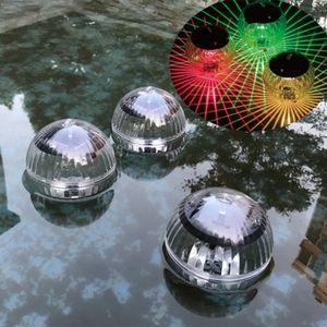 Fábrica wholesaleOutdoor Solar LED flutuante luzes coloridas Mágica Led Bola Luz Jardim Pond Piscina Lamp Rotating Alterar cor Und