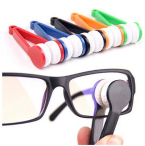 Очистка портативных многофункциональных очистительных очков Eyeglasses Creative Clip Солнцезащитные очки Двухборы Пластиковые очки Очистители Mini Spectacles Щетка T CQWO