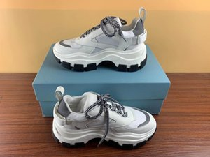 Nova Moda Homens Mulheres desenhista calça Oversized Old papai Sneaker Bloco sapatilha alta qualidade Arch Sole sapatos tamanho 35-45