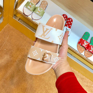 Diseñador de moda de lujo para mujer chanclas superestrellas Imprimir sandalias planas de cuero real para mujeres Zapatos casuales clásicos Arrastre con arena La mejor calidad