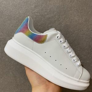 Yeni Gelenler Renkli Yansıma Casual Ayakkabı Platformu Moda Kadınlar Sneakers Deri Vintage Trainer Ayakkabı Espadrilles Mens