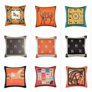 HH 브랜드 클래식 쿠션 커버 유라 메리 카 스타일의 럭셔리 베개 높은 품질 핫 판매 편지 인쇄 장식 베개