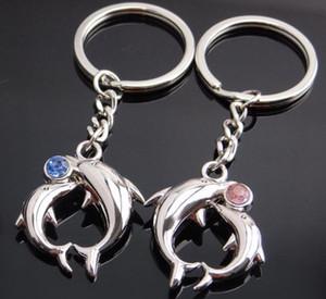 Um par bonito de Cristal Cadeia Dolphin Keychain do metal Chaveiros liga Lovers Key Presentes favor do casamento