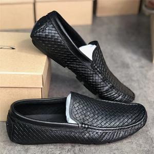 Progettista di alta qualità Mens Dress Scarpe Mocassini di lusso di guida vera pelle italiana slip sul nero Scarpe casuali respirabili con la scatola