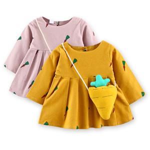Nueva moda para bebés, niñas, vestidos de algodón, mangas largas, vestido de rábano impreso con bolsa en otoño e invierno