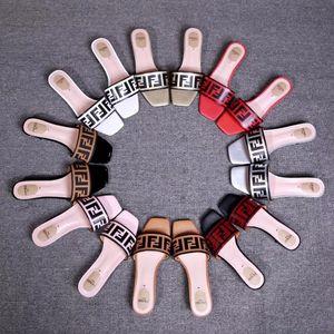 2019 mujeres de cuero sandalias Stud sandalias Slingback mujer mujer sexy tacones altos zapatos de moda 4 colores con caja de polvo