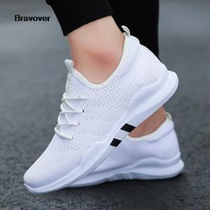 Corredor ao ar livre Sapatos de Bravover New Men respirável masculinos Sneakers Adulto antiderrapantes confortáveis malha Athletic Shoes 3 Cores
