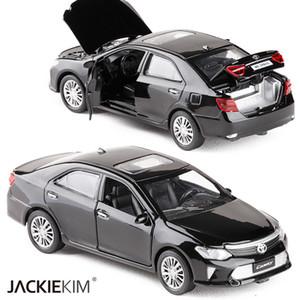 Новый 1:32 Масштаб Toyota Camry Металлического Сплава Литья Под Давлением Модель Автомобиля Миниатюрная Модель С Откидной Звук Свет Модель Для Детей Игрушки Автомобиля J190525