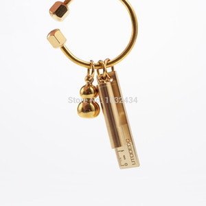 200pcs / lot 개인 맞춤 Promotiom 선물 열쇠 고리 남여 순수한 수제 구리 열쇠 고리 간단한 황동 자동차 열쇠 고리 반지 홀더