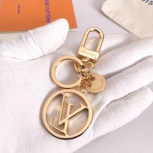 2020 Llavero Círculo de Oro Diseñador Steeless acero llavero llave del bolso del anillo del coche Llavero del encanto para las mujeres accesorios de la joyería regalo 13